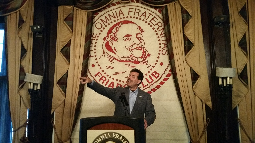 2016 Ron addresses the meeting room at the Friars Club in New York City