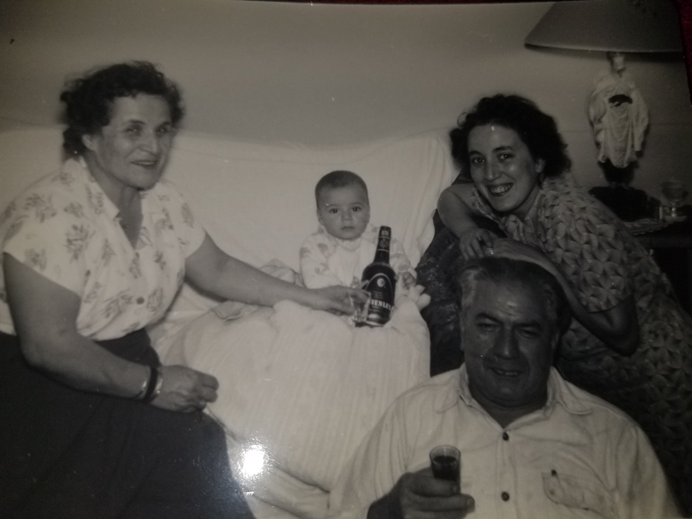 1952 Ron with his Mom and maternal Grandparents